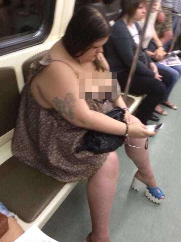 strange-subway-fashion (32)