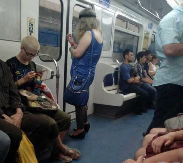 weird-metro-fashion (2)