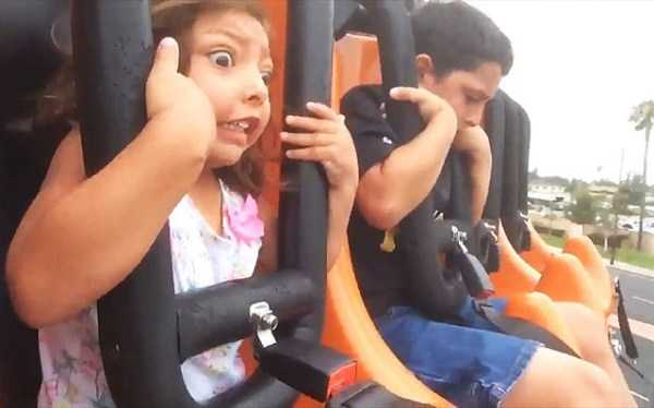 hilarious-roller-coaster-faces (21)