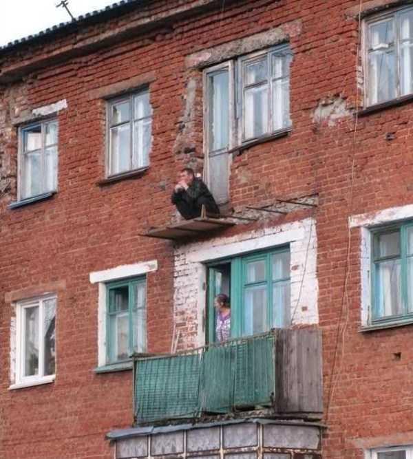 russians-squatting (14)