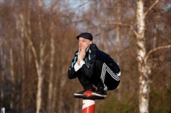 russians-squatting (23)