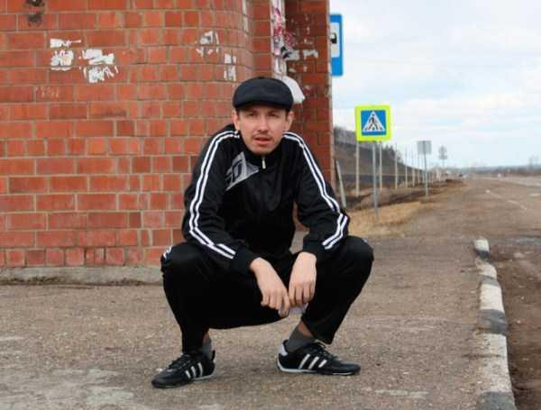russians-squatting (31)