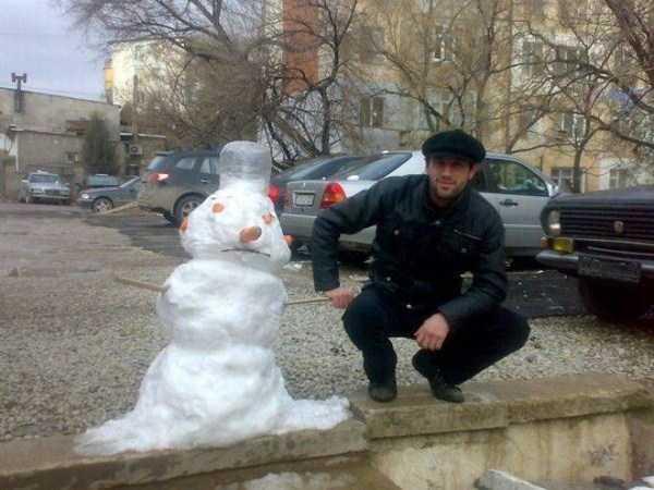 russians-squatting (46)