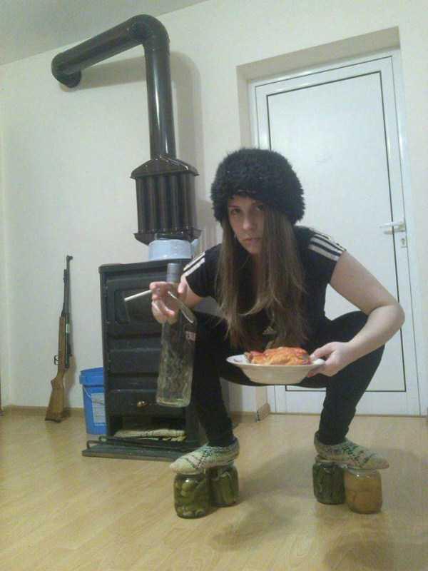 russians-squatting (7)
