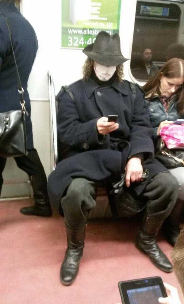 weird-subway-fashion (34)