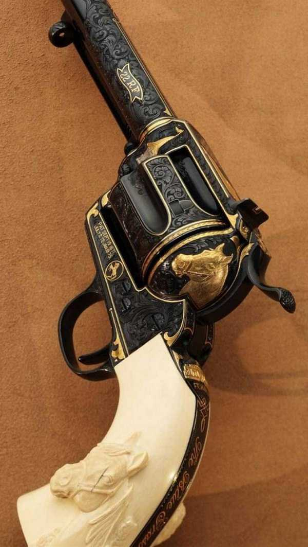 cool-custom-handguns (30)