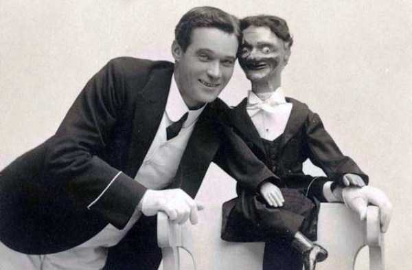 scary-ventriloquist-dolls (3)