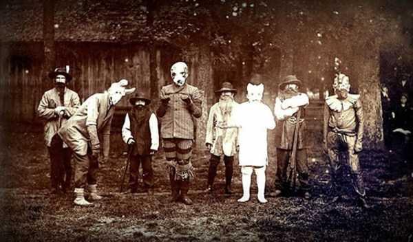 vintage-halloween-costumes (14)