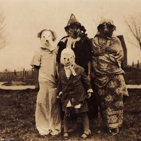 vintage-halloween-costumes (22)