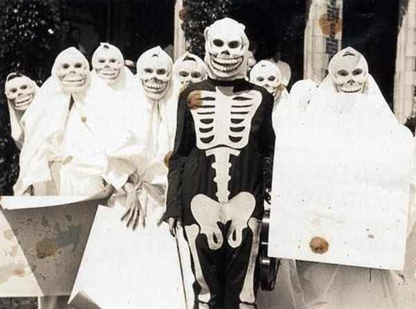 vintage-halloween-costumes (24)