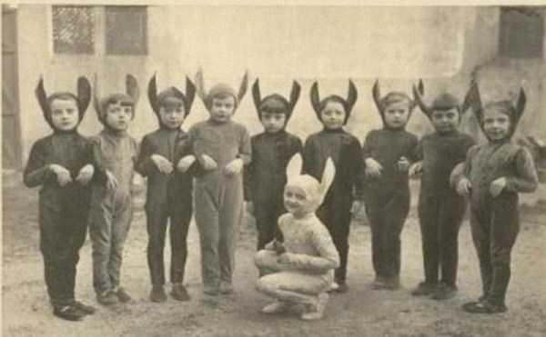vintage-halloween-costumes (3)