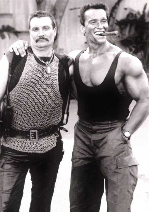 behind-the-scenes-of-the-commando-movie-14