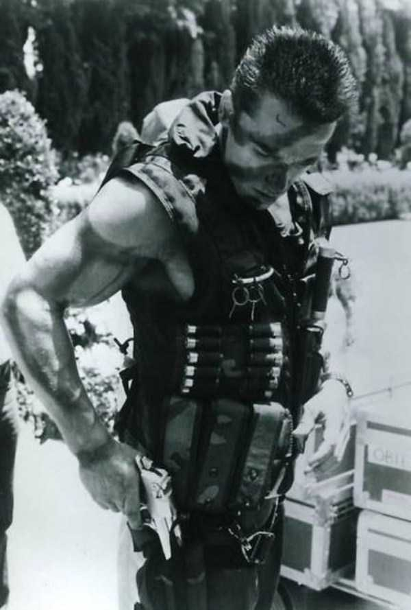 behind-the-scenes-of-the-commando-movie-4