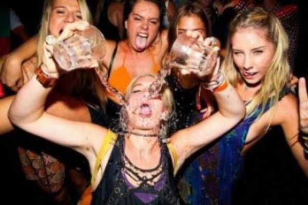 drunk-women (28)