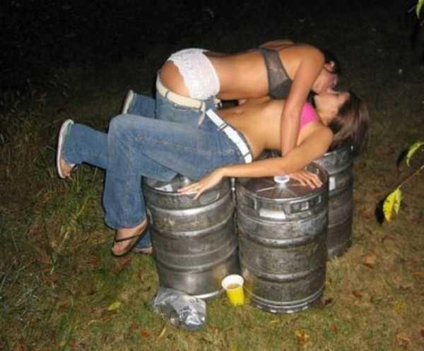 drunk-women (5)