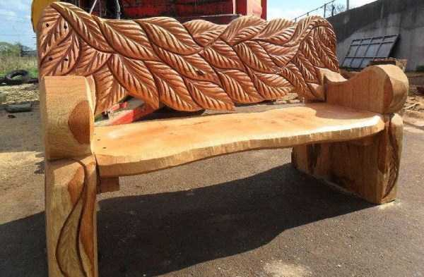 handcrafted-log-benches (11)