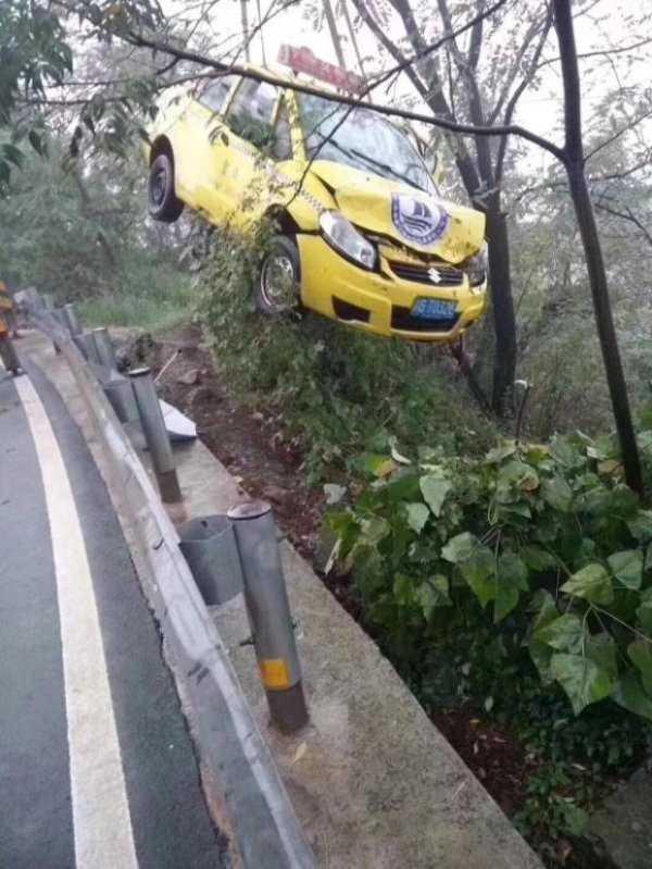 ridiculous-driving-fails (33)