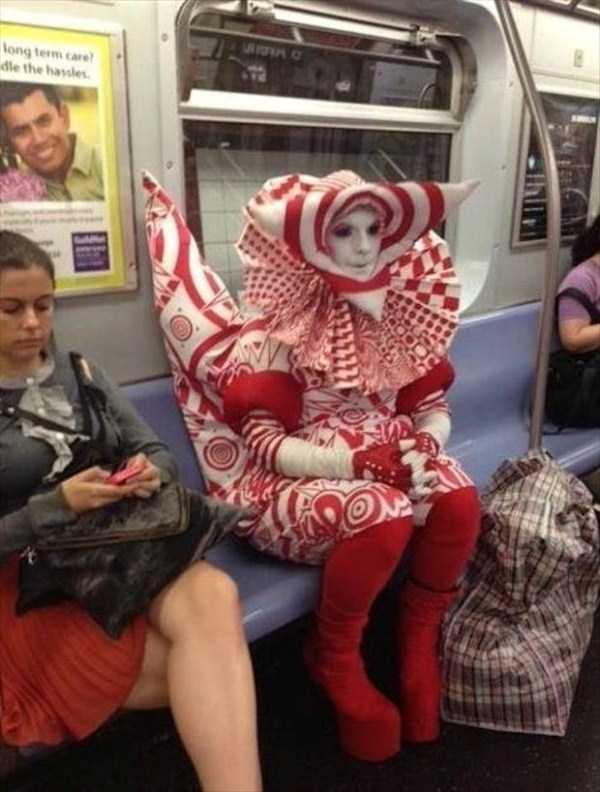 strange-images-public-transportation (17)
