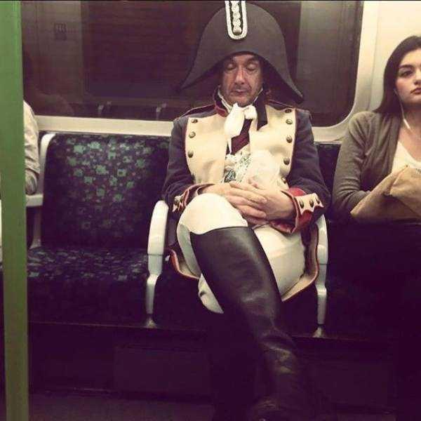 strange-images-public-transportation (27)