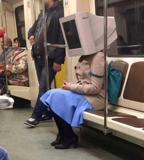strange-images-public-transportation (41)