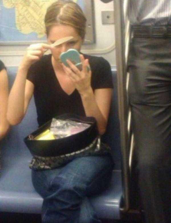 strange-images-public-transportation (48)
