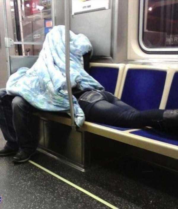strange-images-public-transportation (6)