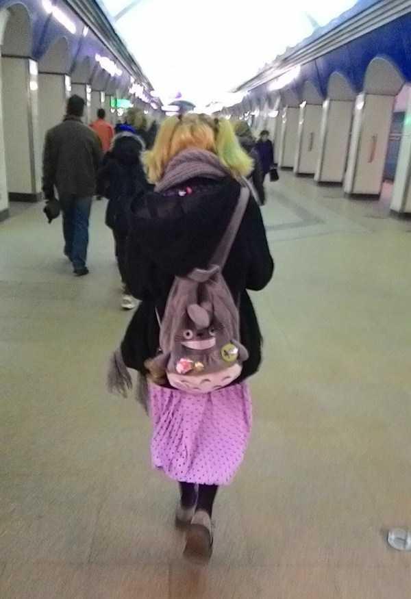 strange-subway-fashion-russia (12)