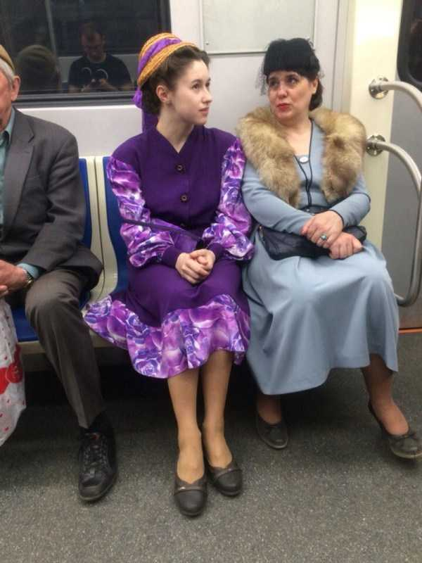 strange-subway-fashion-russia (16)