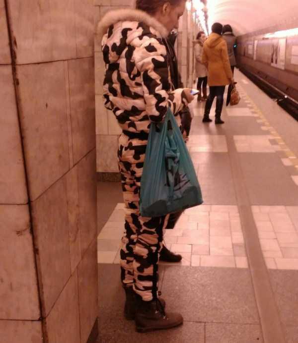strange-subway-fashion-russia (20)