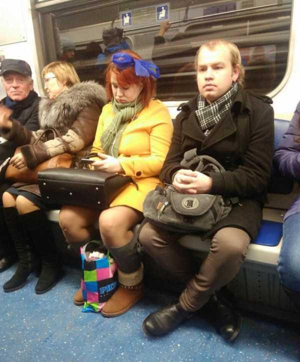 strange-subway-fashion-russia (6)
