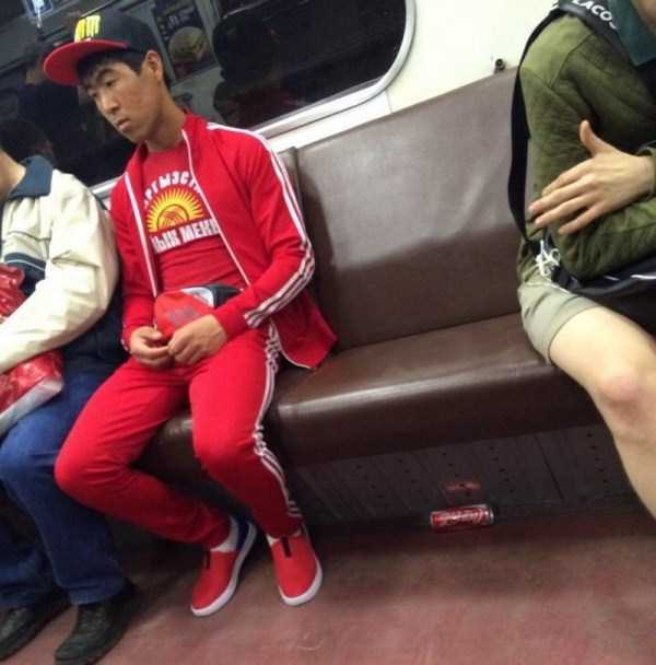 weird-russian-metro-fashion (14)