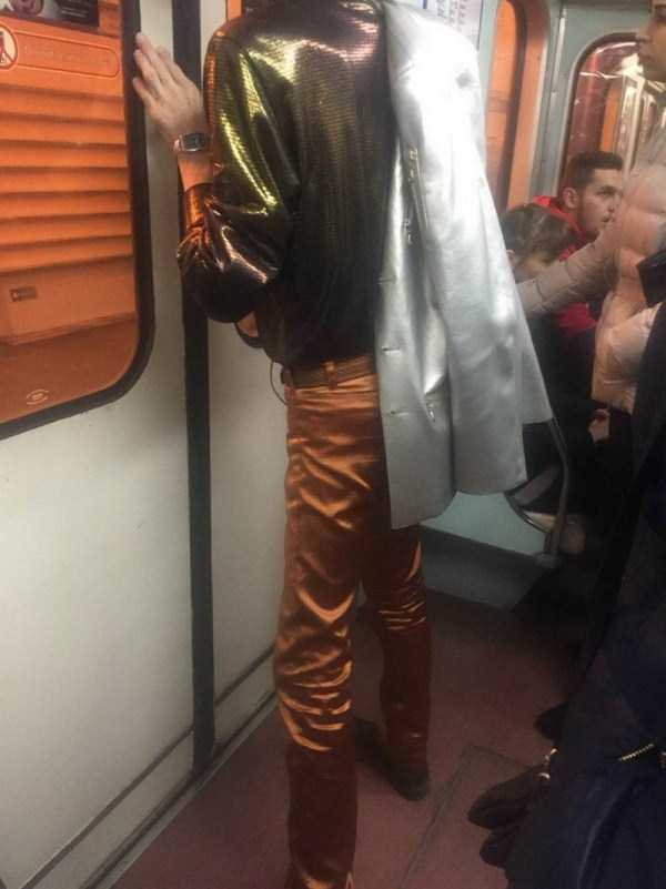 weird-russian-metro-fashion (15)