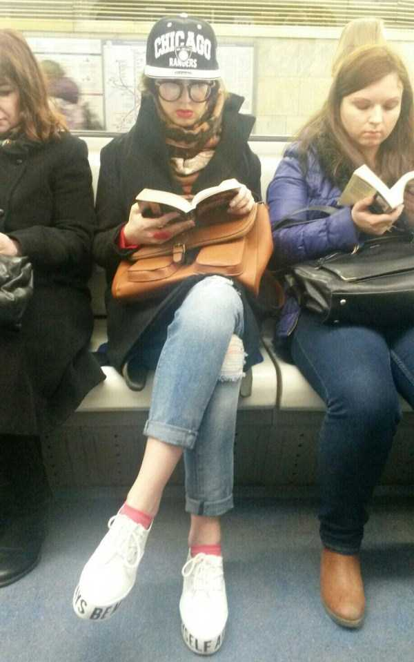 weird-russian-metro-fashion (4)