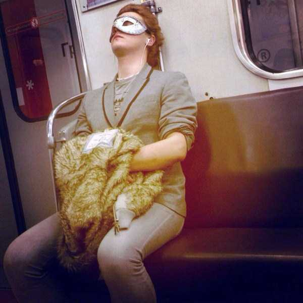 weird-russian-metro-fashion (40)