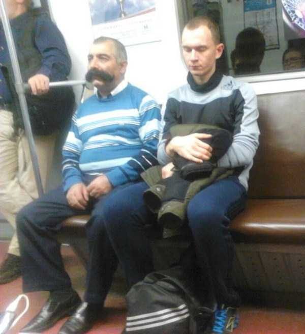 weird-russian-metro-fashion (7)