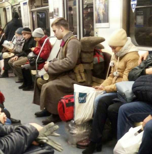 weird-russian-metro-fashion (9)