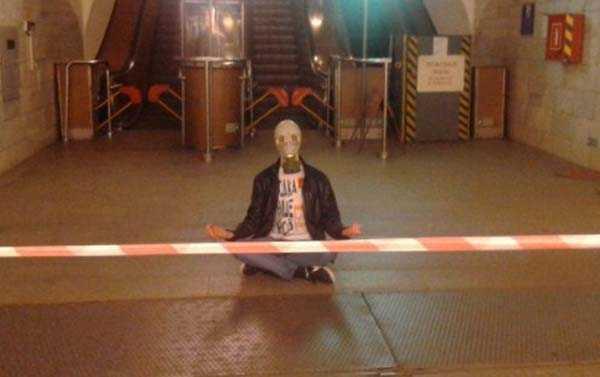strange-russian-subway-fashion (1)