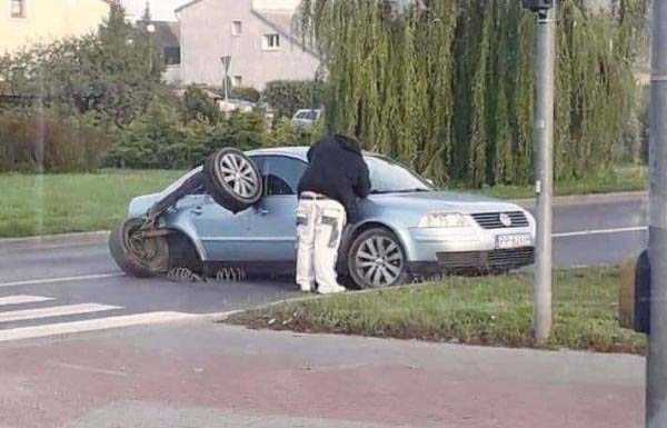 wtf-car-accidents-21